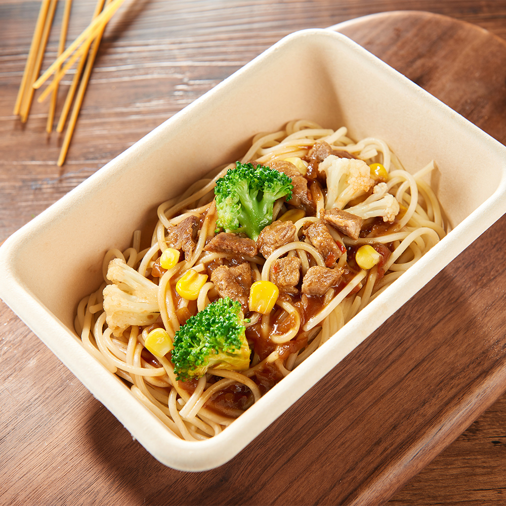 Spicy pork cooked pasta
